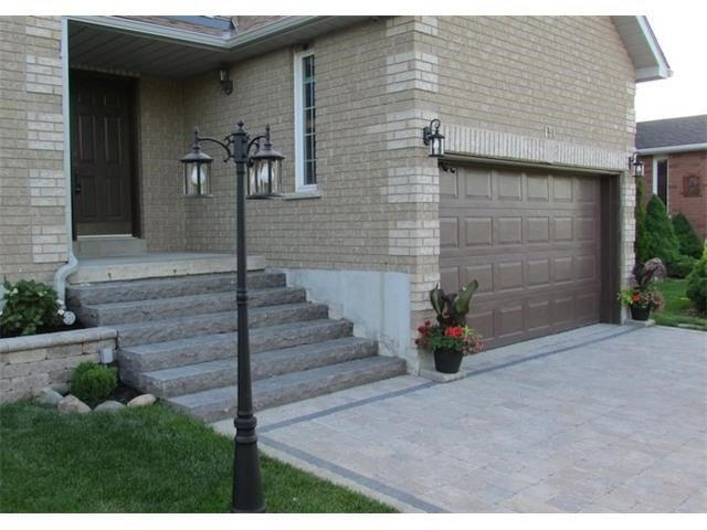 Detached at 154 Golden Meadow Rd, Barrie, Ontario. Image 12