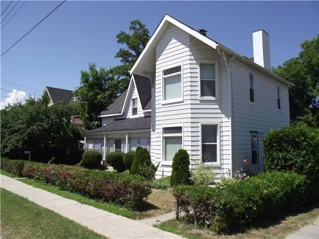 Detached at 7200 26  Hwy, Clearview, Ontario. Image 1
