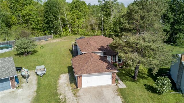 Detached at 18 Edgewood Cres, Clearview, Ontario. Image 11