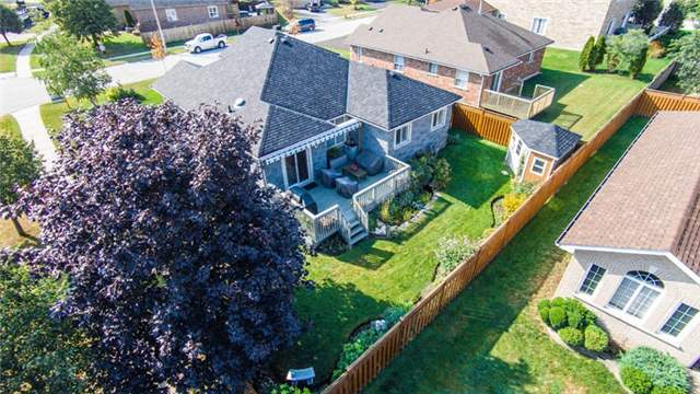 Detached at 53 Brookfield Cres, Barrie, Ontario. Image 14