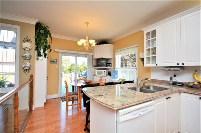 Detached at 53 Brookfield Cres, Barrie, Ontario. Image 20