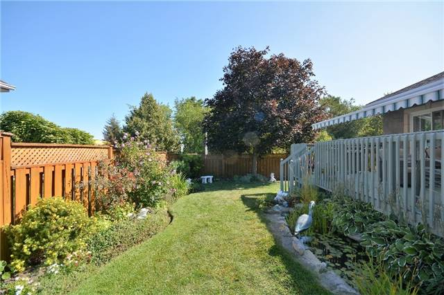 Detached at 53 Brookfield Cres, Barrie, Ontario. Image 13