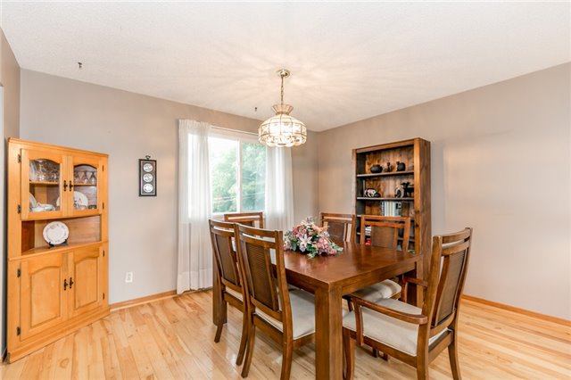 Detached at 200 Margaret St, Clearview, Ontario. Image 8