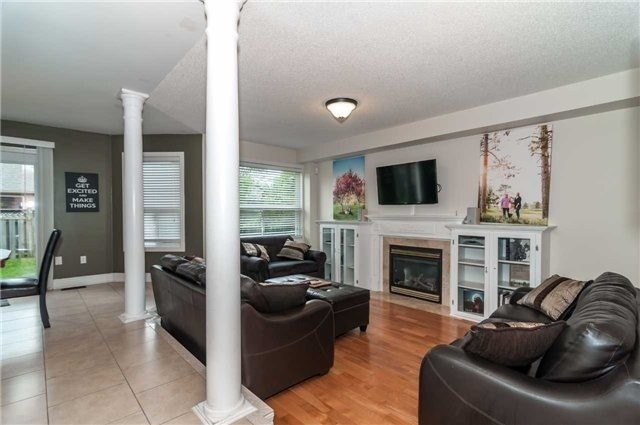 Detached at 14 Knupp Rd, Barrie, Ontario. Image 18