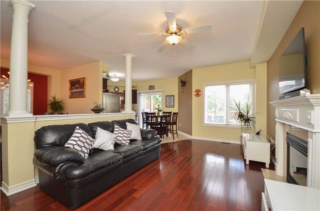 Detached at 84 Penvill Tr, Barrie, Ontario. Image 17