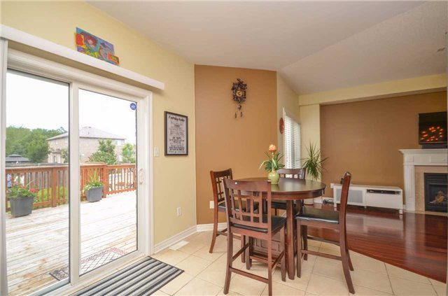 Detached at 84 Penvill Tr, Barrie, Ontario. Image 19