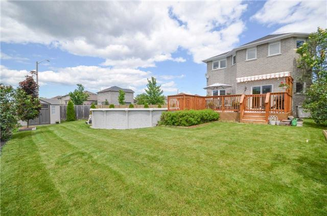 Detached at 84 Penvill Tr, Barrie, Ontario. Image 13
