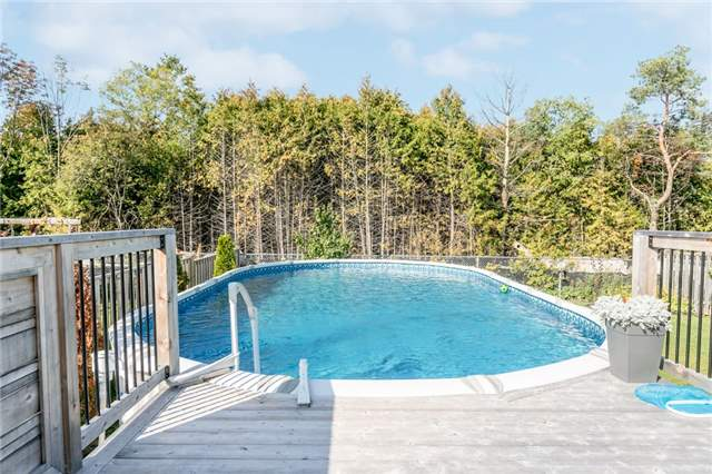 Detached at 50 Sun King Cres, Barrie, Ontario. Image 9