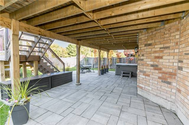 Detached at 50 Sun King Cres, Barrie, Ontario. Image 13