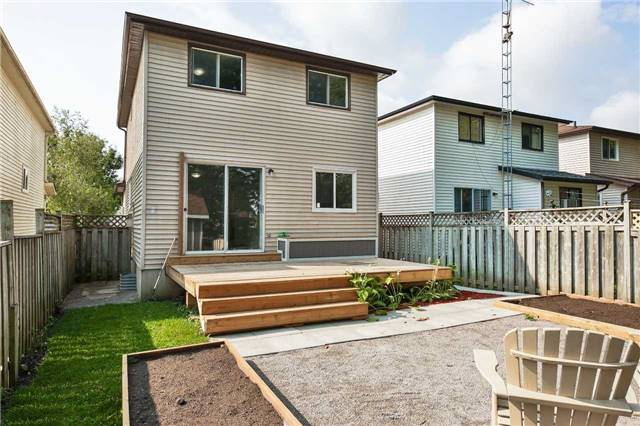 Detached at 211 Hickling Tr, Barrie, Ontario. Image 7