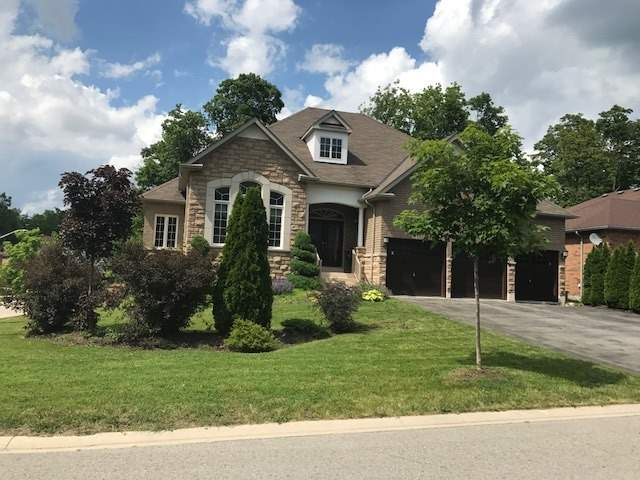 Detached at 60 Camelot Sq, Barrie, Ontario. Image 1