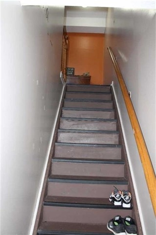 Condo Apartment at 1102 Loggers Run St, Unit 3, Barrie, Ontario. Image 15