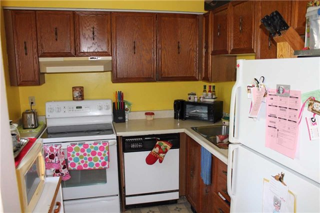 Condo Apartment at 1102 Loggers Run St, Unit 3, Barrie, Ontario. Image 19