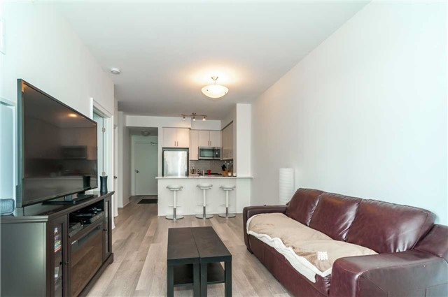 Condo Apartment at 111 Worsley St, Unit 407, Barrie, Ontario. Image 11