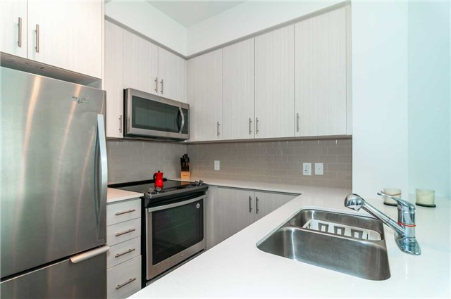 Condo Apartment at 111 Worsley St, Unit 407, Barrie, Ontario. Image 13