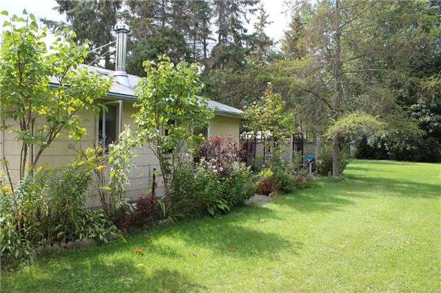 Cottage at 1392 Miami Ave, Ramara, Ontario. Image 11