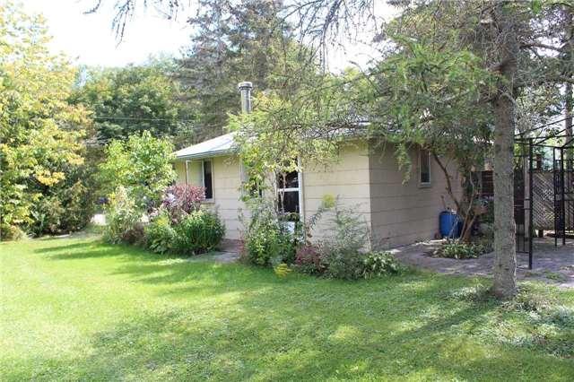 Cottage at 1392 Miami Ave, Ramara, Ontario. Image 18