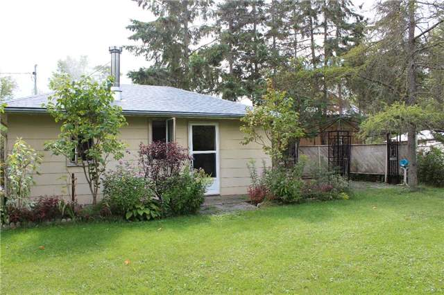 Cottage at 1392 Miami Ave, Ramara, Ontario. Image 19