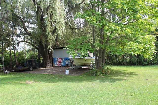 Cottage at 1392 Miami Ave, Ramara, Ontario. Image 3