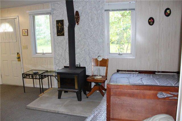 Cottage at 1392 Miami Ave, Ramara, Ontario. Image 12
