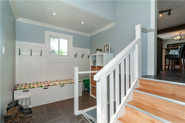 Detached at 6 Laird Dr, Springwater, Ontario. Image 2