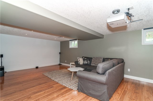 Detached at 6 Laird Dr, Springwater, Ontario. Image 4