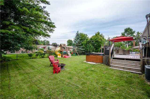 Detached at 6 Laird Dr, Springwater, Ontario. Image 5