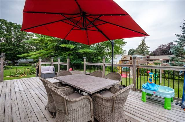 Detached at 6 Laird Dr, Springwater, Ontario. Image 6