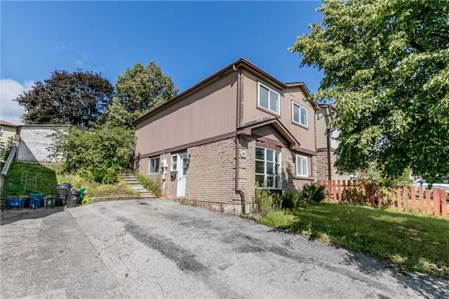 Detached at 88 Fox Run St, Barrie, Ontario. Image 1