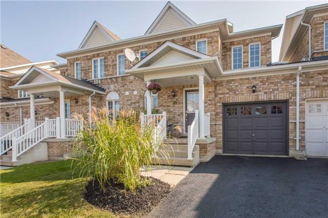 Townhouse at 53 Succession Cres, Barrie, Ontario. Image 1