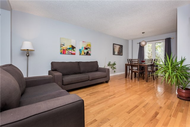 Detached at 40 Carr Dr, Barrie, Ontario. Image 16