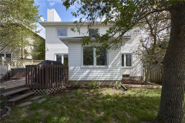 Detached at 40 Carr Dr, Barrie, Ontario. Image 13