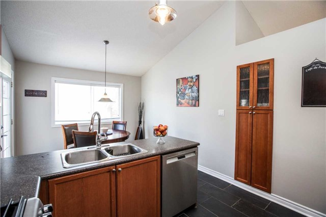Detached at 60 Country Lane, Barrie, Ontario. Image 13