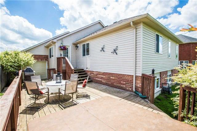 Detached at 60 Country Lane, Barrie, Ontario. Image 7