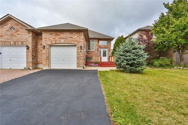 Link at 16 Rundle Cres, Barrie, Ontario. Image 1