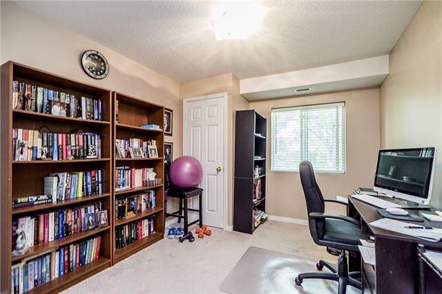 Condo Apartment at 107 Bond St, Unit 306, Orillia, Ontario. Image 9