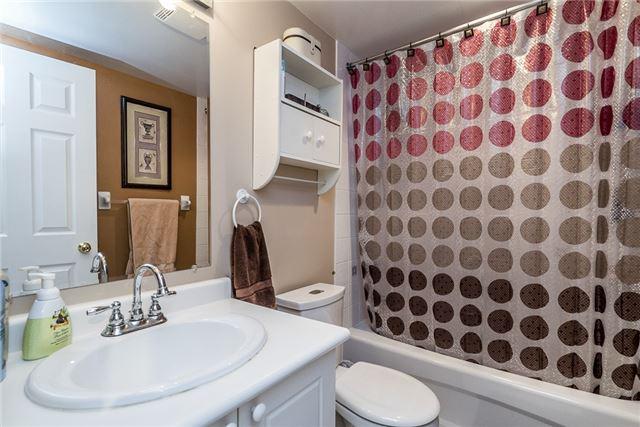 Condo Apartment at 107 Bond St, Unit 306, Orillia, Ontario. Image 10