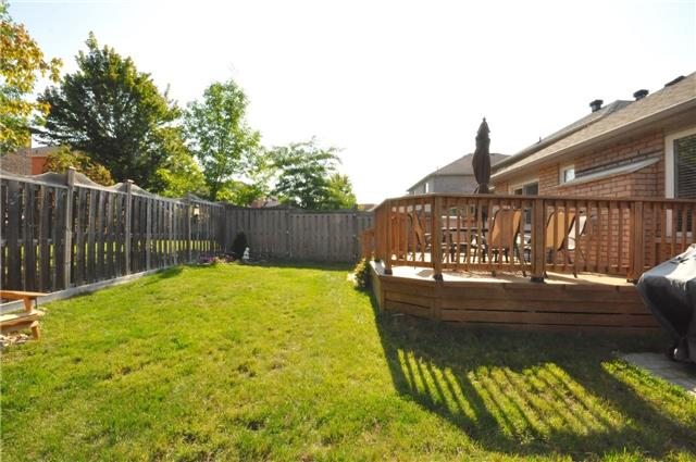 Detached at 50 Prince Of Wales Dr, Barrie, Ontario. Image 13