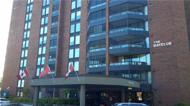 Condo Apartment at 181 Collier St, Unit 1005, Barrie, Ontario. Image 1