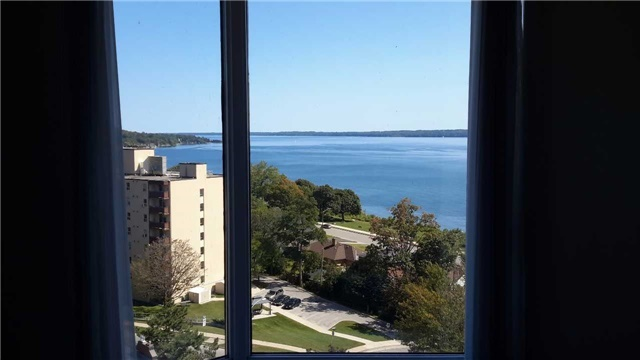 Condo Apartment at 181 Collier St, Unit 1005, Barrie, Ontario. Image 9