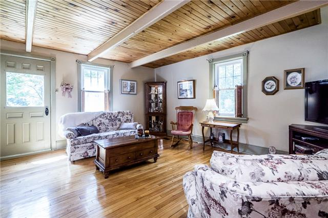 Detached at 3445 Mccarthy Dr, Clearview, Ontario. Image 5