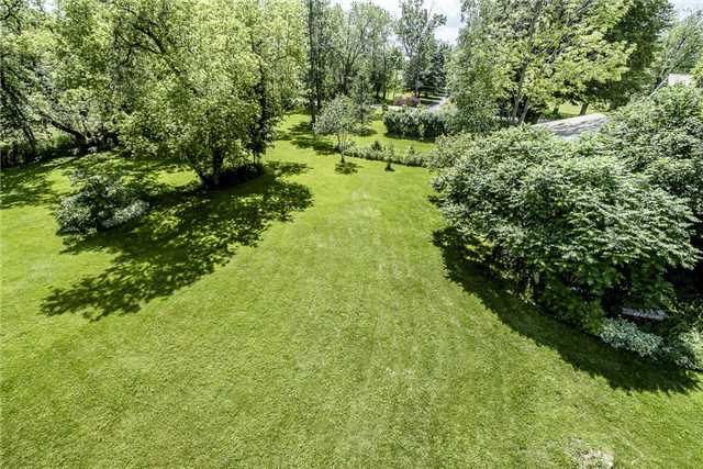 Detached at 3445 Mccarthy Dr, Clearview, Ontario. Image 10