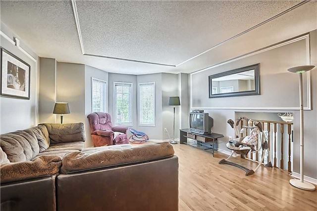 Detached at 23 Lucas Ave, Barrie, Ontario. Image 14