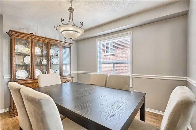 Detached at 23 Lucas Ave, Barrie, Ontario. Image 15