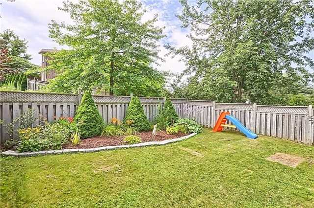 Detached at 23 Lucas Ave, Barrie, Ontario. Image 13