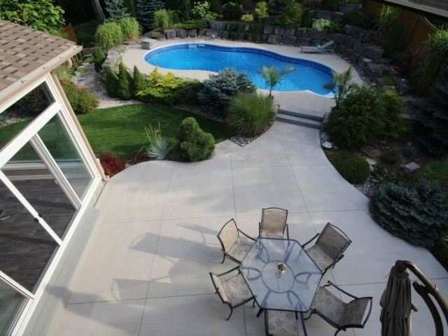 Detached at 11 Stapleton Pl, Barrie, Ontario. Image 11