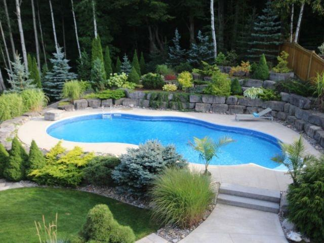 Detached at 11 Stapleton Pl, Barrie, Ontario. Image 13