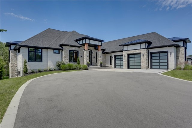 Detached at 125 Mennill Dr, Springwater, Ontario. Image 1