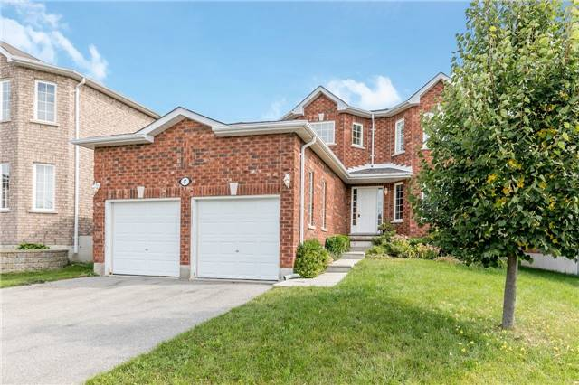 Detached at 37 Jagges Dr, Barrie, Ontario. Image 1