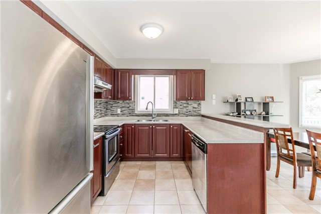 Detached at 37 Jagges Dr, Barrie, Ontario. Image 17